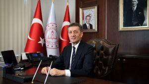 Milli Eğitim Bakanı'ndan flaş 'tatil' açıklaması