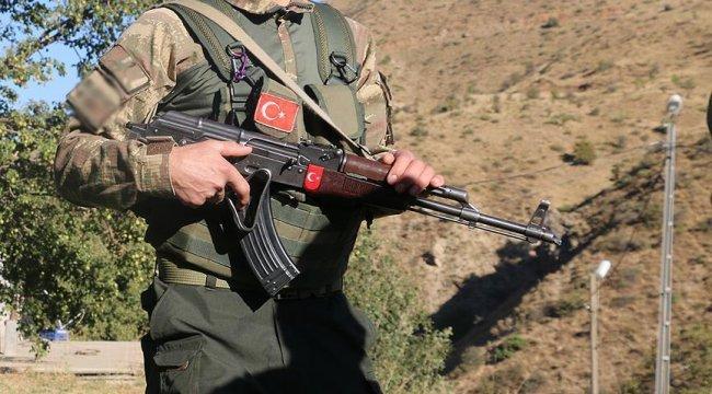 Tatvan kırsalında çatışma: 1 korucu şehit oldu, 2 asker yaralandı