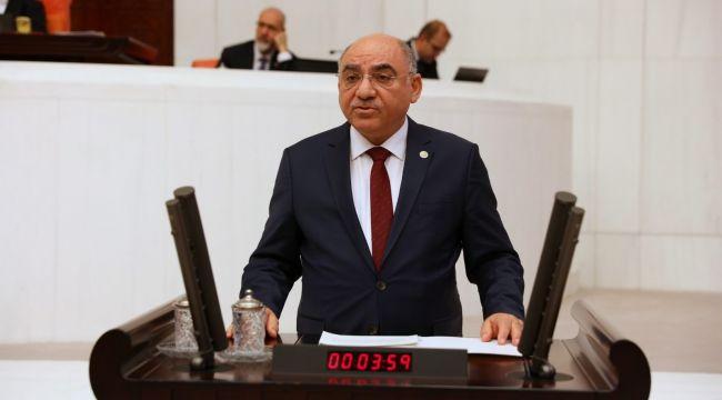 AK Parti'li Karahocagil, dünyanın en gözde projelerini gerçekleştireceklerini söyledi
